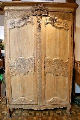 Gorgeous Antique French Armoire Beautiful Carvings