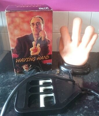Novelty Waving - Swearing Hand - No Batteries Or Mains.