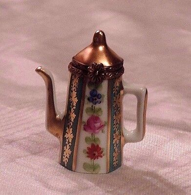 ~Sale~! Limoges, Sweet Coffee Pot Trinket Box With A Flower  Clasp! Pient Main!