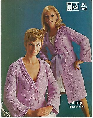 ORIGINAL VINTAGE 1960s KNITTING PATTERN Ladys BED JACKET & DRESSING GOWN