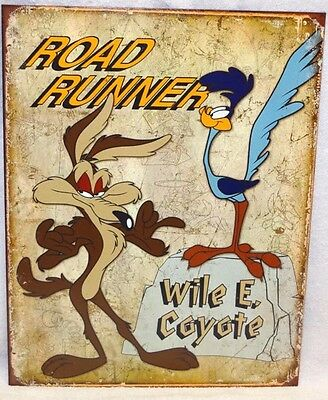 ROAD RUNNER AND WILE E. COYOTE METAL Tin SIGN Cartoon Art Poster Decor New