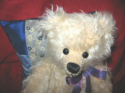 Lois & her Lavender Pillow by Robin Rive - Blond mohair jointed L/E Bear