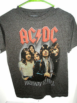 Vintage AC/DC Highway to hell w/ Bon Scott, Phil Rudd, Malcolm & Angus Young fb