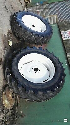 New Holland Ford Tractor Wheels 18.4 38 Tyres Pair
