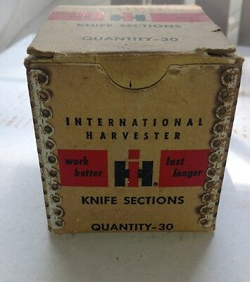 IH knife sections LOT (2) w box International Harvester vintage advertising