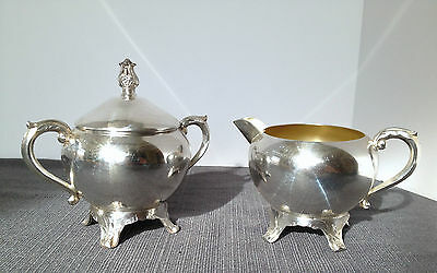 Pretty FB Rogers 1883 Footed Floral Scrolls Creamer & Sugar Bowl with Lid Set