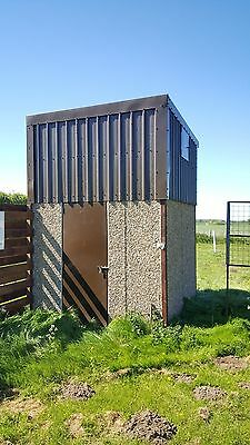 Clay Pigeon Skeet Towers and Skeet Traps