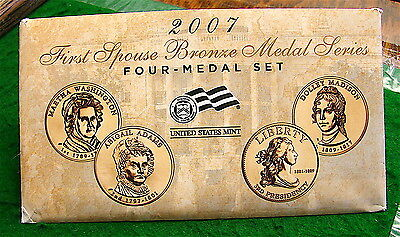 2007~~ First Spouse Mint Proof Set Abigail Adams / Louisa Adams with COA