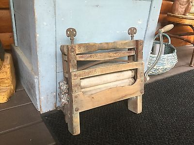 Wood Metal Wringer Wash Machine Hand Crank Clothes Washer Vintage Laundry Tool