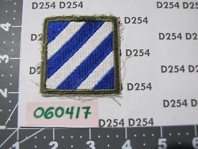 Army 3rd INFANTRY DIVISION Patch Shoulder insignia ww2  VN cut edge OD border