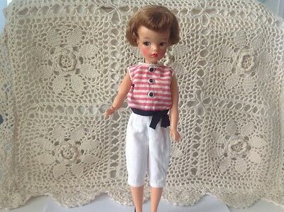Vintage 1964 Tammy Doll With Clothing