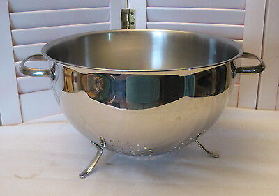 "Vintage Stainless Steel 3 Footed Colander Strainer w/ Handles 9 7/8"" Diameter"