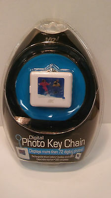 Brand NEW Factory Sealed Digital Photo Key Chain VR3 Displays 72 Digital Photos