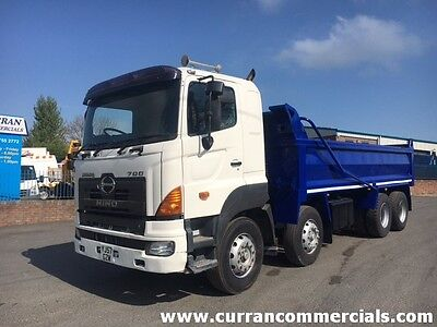 08 Hino 700 8X4 32 Ton Thompson tipper body With Cover