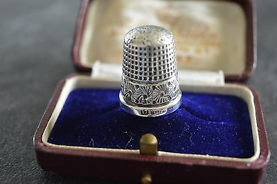 Antique Sterling Silver Thimble Henry Griffiths & Son Birmingham 1901 (size 17)