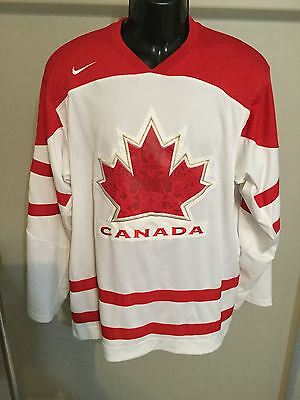 Team Canada Vancouver 2010 Size L Hockey Jersey
