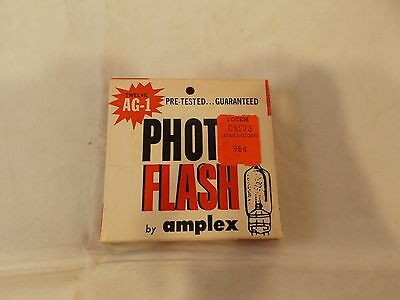 Box of 12 Vtg AG-1 Flash Bulbs Made by Photo Flash by Ampex