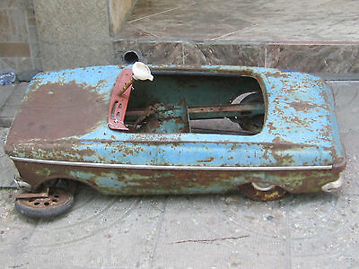 VERY RARE  Russian Metal Pedal CAR MOSKVICH MOSKVITCH МОСКВИЧ 1978's FOR PARTS!