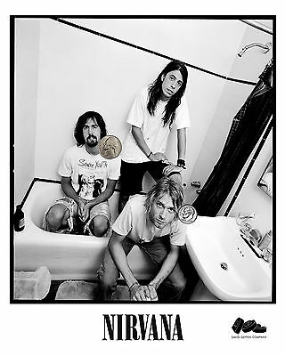 NIRVANA GROUP PRESS PUBLICITY PROMO NEW GLOSSY 8x10 PHOTO REPRINT 90's GRUNGE!