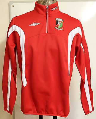 Glentoran Red 1/2 Zip Fleece By Umbro Size Small Boys Brand New With Tags