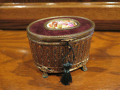 Palais Royale Style MUSIC BOX VINTAGE Velvet Lined Brahm's Lullaby French 19th C