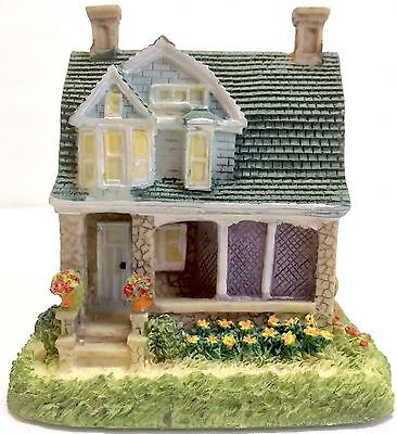 Liberty Falls Village Americana Collection Miller Family's Shingle House AH155