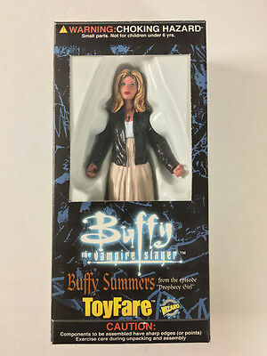 Buffy the Vampire Slayer BUFFY SUMMERS (Prophecy Girl) Toyfare Exclusive Sealed
