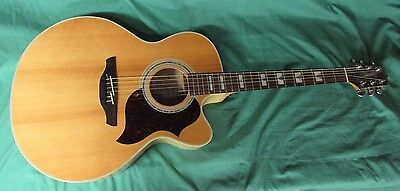 Takamine G Series eg523sc 6-String Acoustic/Electric Guitar