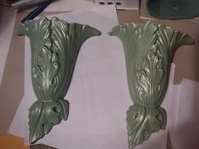 2 Vintage Green Wall Pockets  - Haeger , U.s.a. - 9 Inches