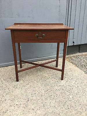 Antique Georgian Mahogany Sidetable With Drawer Under
