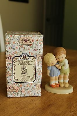 "Enesco Memories Of Yesterday ""we Take Care Of One Another"" - 1997 Figurine"