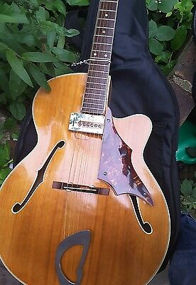 Vintage 1960's Framus Missouri 5/60 archtop guitar with Hofner pickup