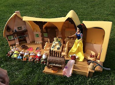 Snow White & Seven Dwarves House Singing Doll All Accessories Hardly Played With