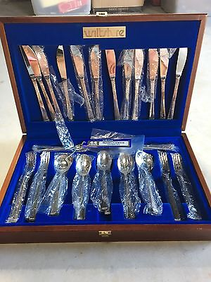 Vintage Wiltshire Timber Boxed 44 Piece Cutlery Dining Set Knives Forks Spoons