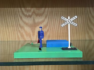 Lionel 1047 Switchman with Flag - Made 1959 to 1961 - VG to EX