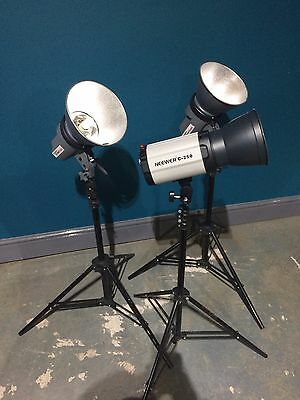 Studio flash lighting heads x 3 plus stands, soft box and accessores