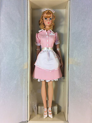 2006 The Waitress Barbie Doll - Barbie Fashion Model Gold Label Silkstone
