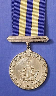 Canadian Assoc Of Chiefs Of Police Service Medal Silver English Named     Ab0448