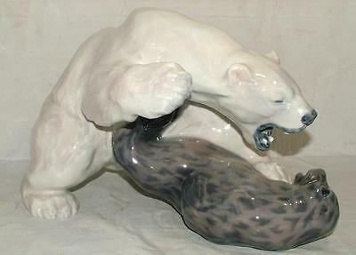 Royal Copenhagen LARGE Figurine #1108 FEROCIOUS POLAR BEAR vs SEAL MINT!