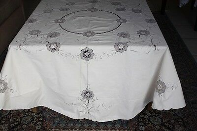 Vintage Cream Round Linen, Embroidered, Cutwork & Crocheted Tablecloth #221