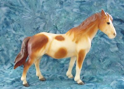 Breyer Classic Mustang Mare