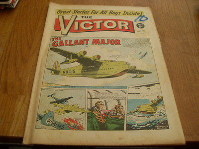 The Victor Comic 2 Issues No's  316 1967 - 421 1969