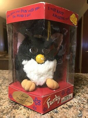 1999 Furby Special Limited Edition Graduation, Tiger Electronics.  NEW IN BOX