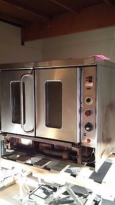 Montague ** Commercial Convection Oven ** Full Size * Clean