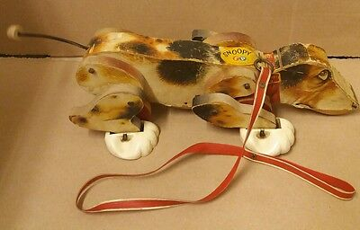 Vintage Fisher Price 1961 wooden Snoopy dog pull toy with original leash #181