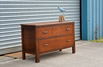 Antique Solid Oak Chest of Drawers.