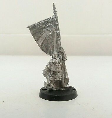 games workshop  Lord of the rings metal dwarf banner