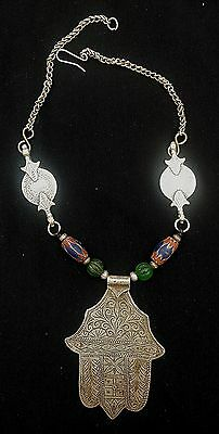 Morocco - Beautiful Berber necklace, Silver hand of Fatima KHAMSA and beads
