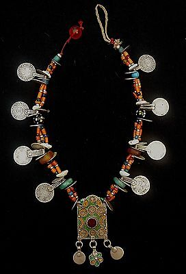Morocco - Beautiful silver Berber necklace, enameled silver plaque, genuine cora