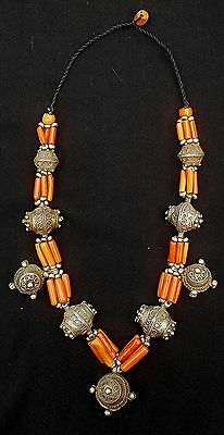 Morocco - Beautiful silver Berber necklace, genuine coral and silver beads